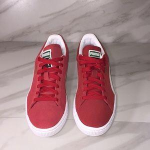 Puma red suede classic Pima sneaker SZ 7.5 M
